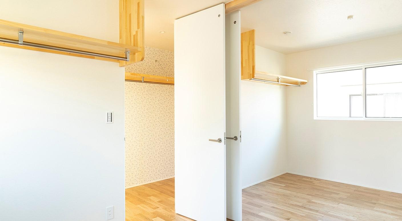 将来壁を増設して2部屋にする前提で設計されたスペース